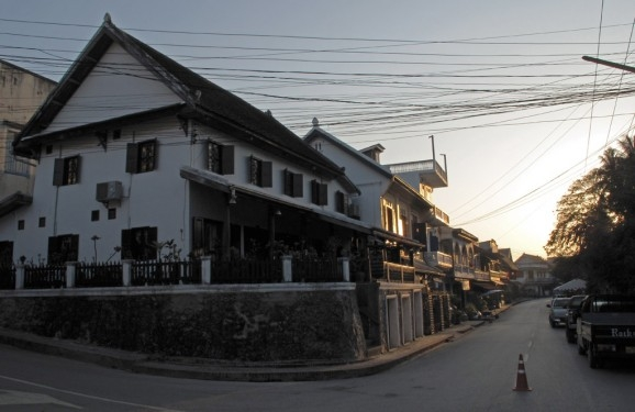 Hybrid architecture on the Mekong