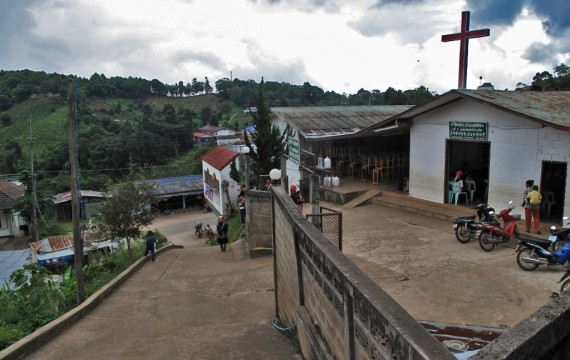 A cross over the hills of Mae Salong