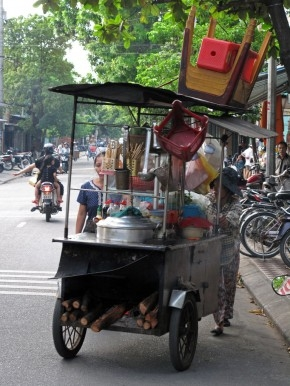 A mobile restaurant in Huế